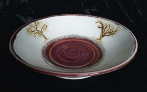 dish with red tree ring