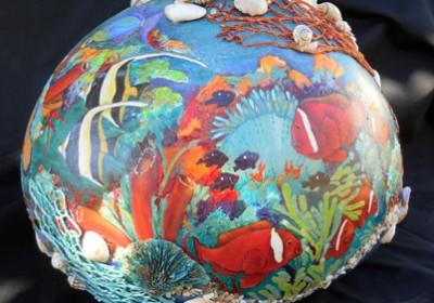 gourd with underwater scene