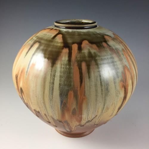 Round vase with drip glaze