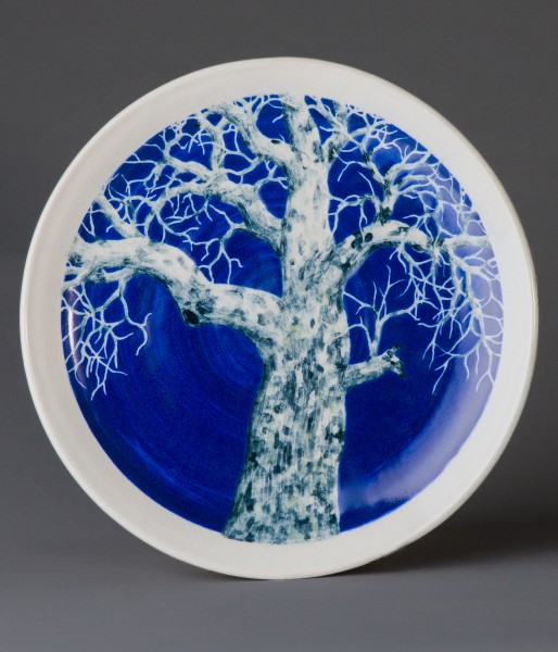 dish with unique tree design